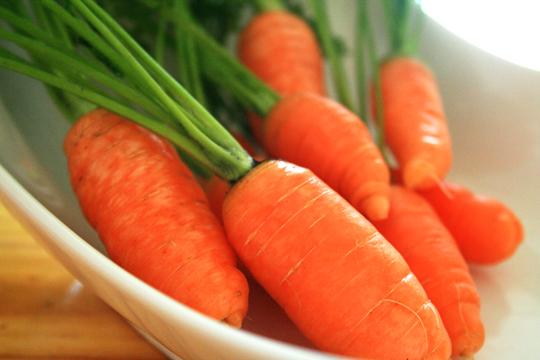 052810-carrots